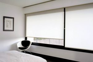 Estores y cortinas